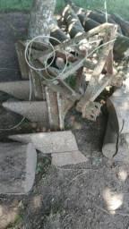 Arado de 3 pás