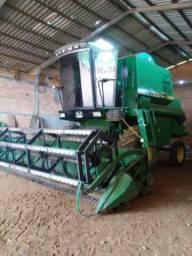 Terceirização colheita de soja.