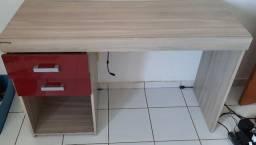 Escrivaninha/ mesa para escritório