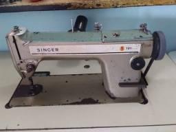 Maquina de Costura Industrial Singer