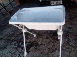 Banheira Burigotto com suporte 1 mês de uso