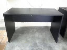 Mesa simples sem gavetas