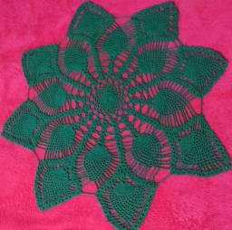 Toalha de mesa crochê verde