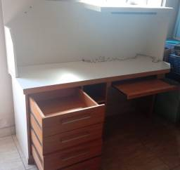 mesa 1.80x0.60x1.45 (quatro gavetas)