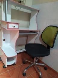 Cadeira e estante (vendo separado também)