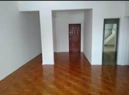 Cobertura CALÇADÃO  200 metros quadrados