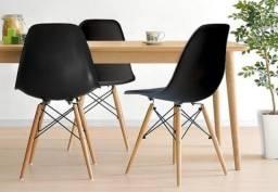 Cadeira Eames [Seminovas]