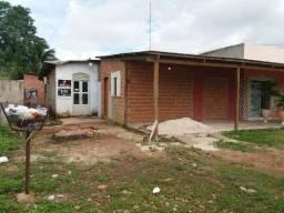 Casa bem localizada no Fonte nova