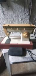 Máquina de costura singer simlesmatic