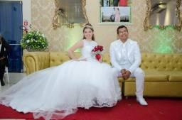 Vestidos de noiva e formatura