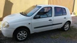 Clio 2001 - 2001