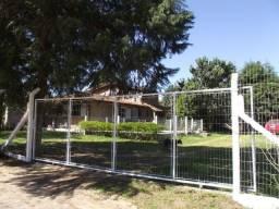 Sítio casa com piscina em condomínio fechado