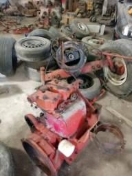 Carioca vende motor de trator agrale