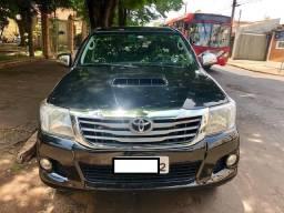 Toyota Hilux SRV 2013 - Manual - 4X4 - 3.0 Diesel - Preta - 2013