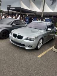 BMW 550i 4.8 V8 carro em perfeito estado de conservação.
