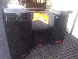 Vendo Caixas de som mais amplificadores de 2000 e 6000 w bom estado
