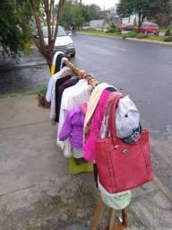 Vendo lote de roupas fechando brechó