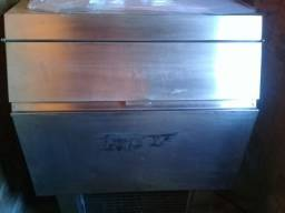 Máquina de gelo cubo everest 150kg