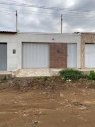 Vende-se Casa na Rua Manoel Freire em Serra Talhada-PE