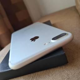 iPhone 7plus 32 GB prata semi novo 2.280.00