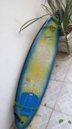 Prancha de surf 6.3 Itaquatiara com capa e Streep