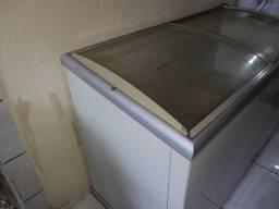 Vendo freezer metal frio