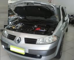 Renault Megane 08/09 - Automático - 16V 2.0 - Completo