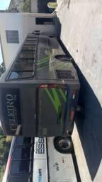 Vendo ônibus 48 lugares 2004/2005