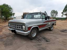 Ford F1000 SS