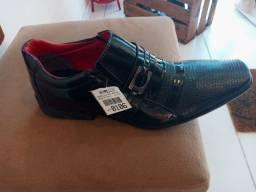 Sapato social novo!! Leia o anúncio.