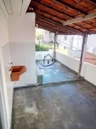 Casa Espaçosa 2/4 (1 Suíte), Sala Ampla, Laje Livre, 1º Andar; em Itapuã-HC053