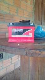 Bateria estacionaria Freedon 60A