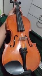 Violino 4/4 seminovo  leia todo o anuncio