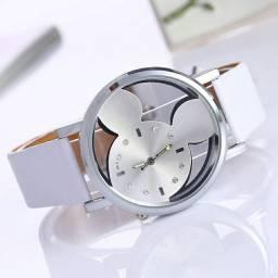 Relógio de Quartzo com Estampa de Mickey Mouse