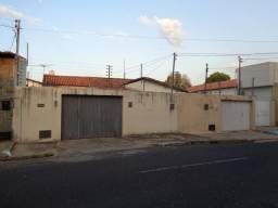 Casa Residencial à venda, 8 quartos, 6 vagas, Centro - Teresina/PI