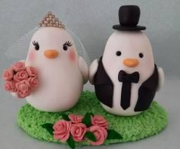 Topo de bolo casal de pombos