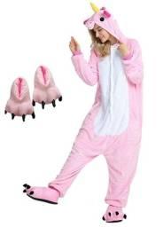 Acabando: Kit Pijama Unicórnio Rosa com Pantufa Pata