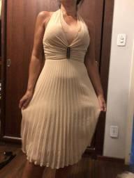 Vestido plissado festa