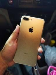 iPhone 7 Plus 128 GB VITRINE