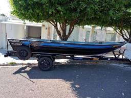 Barco Fluvimar Boto PR 5000 profissional 2016 e carreta martins 2020 por barco de menor