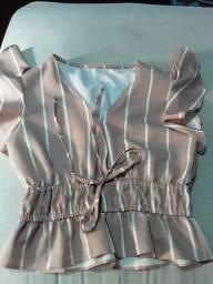 Dos blusa tamanho p nunca usada