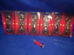 Coleção chaveiros Shell Ferrari