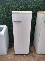 Geladeira Electrolux degelo automático ( entrego)