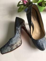 Sapato salto azul couro legítimo