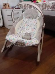 Cadeira de descanso bebê e arco de atividades