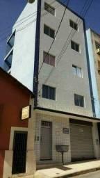 Aluga se apartamento de 2 e 3 quartos no centro e ponto comercial na Vila regina