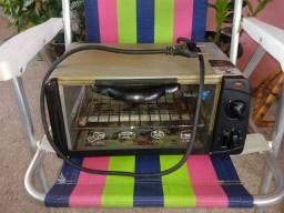 Vendo forno elétrico 127 v forninho elétrico. Best line