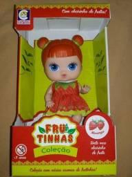 Boneca Frutinhas linda com cheirinho de Morango
