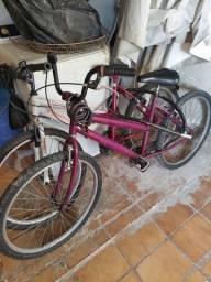 Vendo Bicicleta Zummi Branca com Marcha e Outra Roxa sem Marcha