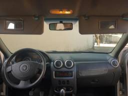 Renault Logan Expression 1.6 8V - Ano 2011 completíssimo